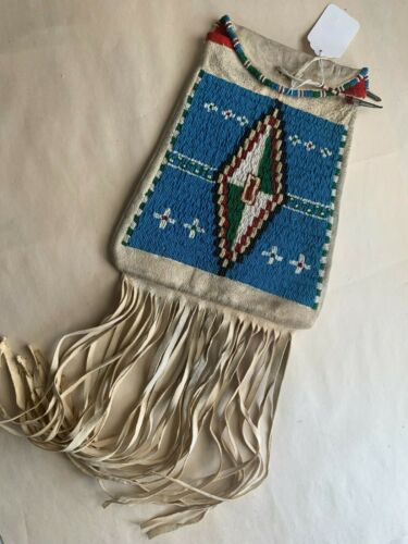 SIOUX BEADED POSSIBLES BAG