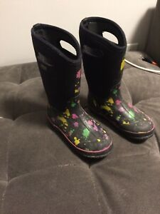 Girls Bogs rubber boots
