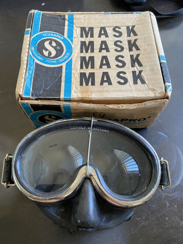 Vintage ScubaPro Scuba mask With Near Sightedness Lens