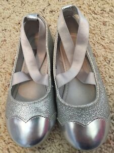 8T Silver SparklyDress Shoe, H&M - like new!