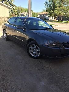 2005 Nissan Altima 3.5  S  new safety clean title