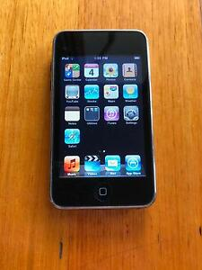iPod Touch 2nd Gen 8GB Parkdale Kingston Area Preview
