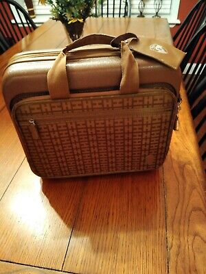 "Heys Travel Brief Case - Hard base w/numerous pockets - H 13"" W 5.5"" L 14.5"""
