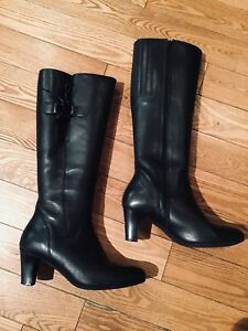 JESSICA BLACK LEATHER TALL BOOTS!!
