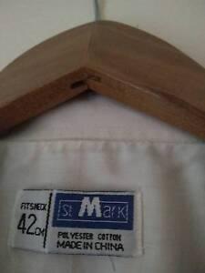 suit top and shirt Morphett Vale Morphett Vale Area Preview