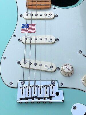 Fender American Deluxe Stratocaster V- Neck 2015 Surf Green