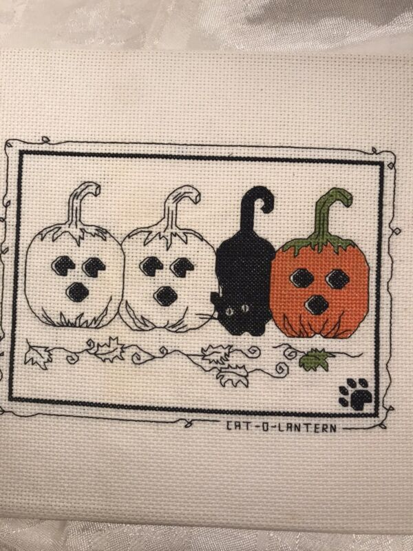 calico crossroads Kats cat o lantern finished Halloween cross stitch