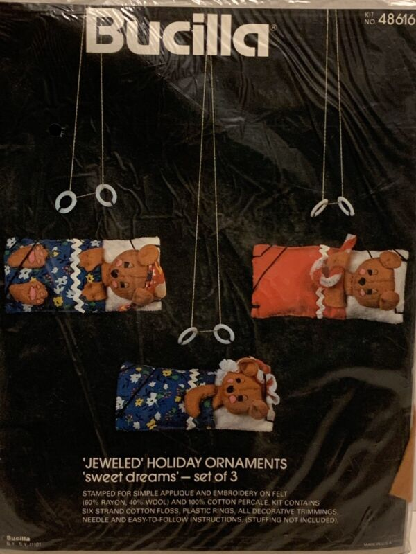 Bucilla Felt Holiday Ornaments Teddy Bear SWEET DREAMS Set of 3 #48616 NIP