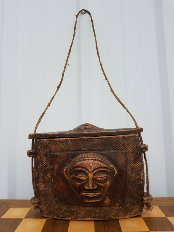 Antique Vintage African Kuba Tribal Carved Wood Tukula Carry Box Lid Purse Congo