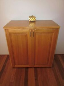 Tasmanian Oak Cabinet Sorrento Joondalup Area Preview