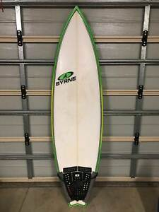 Surfboard 6ft 10in in excellent condition
