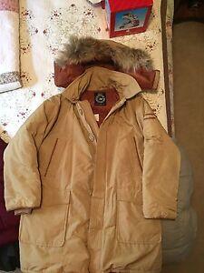 Men's Heavy Duty Down jacket.
