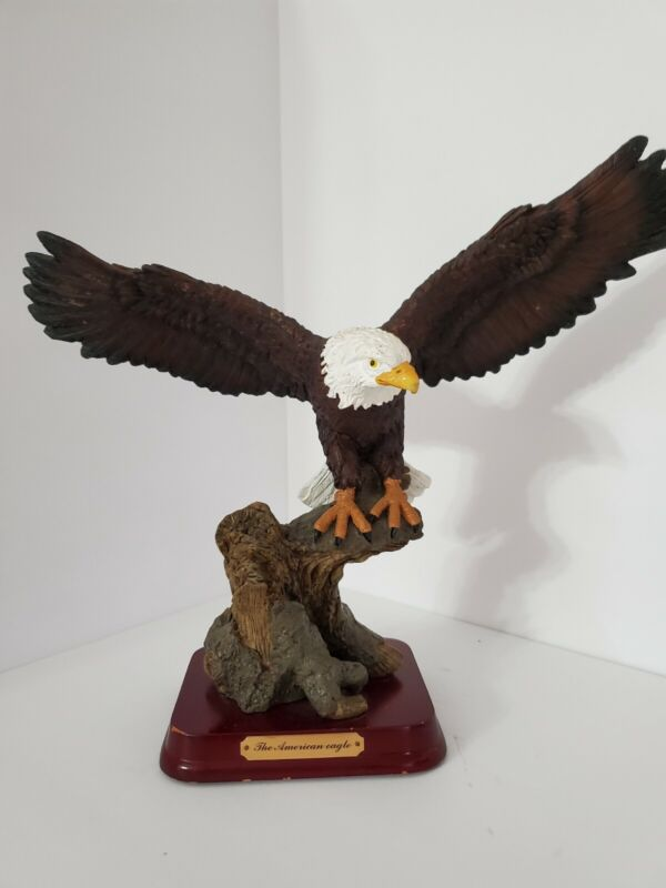 """ The American Eagle "" Figurine ~ Statue"