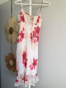 Floral size small dress