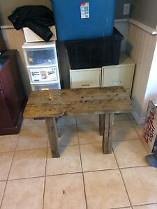 Hall bench/timeout bench