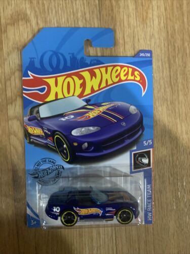 Hot Wheels 2020 Q Case Dodge Viper Treasure Hunt HW Race Team In Stock In US For Sale - 2