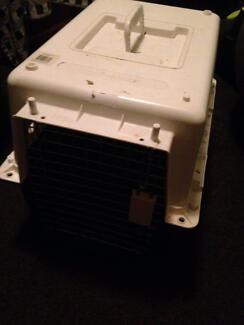 Pet crate free