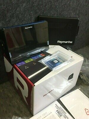 Raymarine Axiom 7 MFD Chartplotter w/Navionics Chart E70363-00-NAG