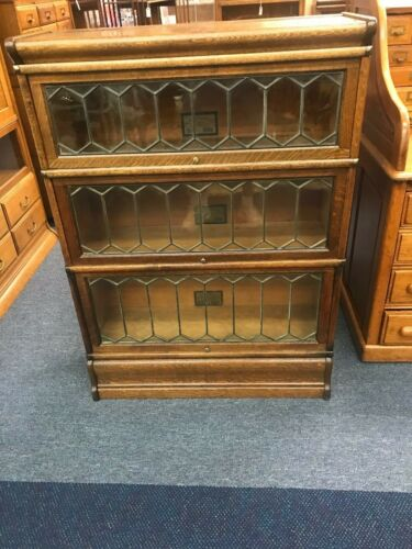 #1 GLOBE-WERNICKE Stacking Sectional Barrister Bookcase Oak Leaded Glass CU