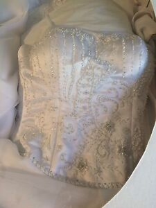 Wedding dress, size 4/6