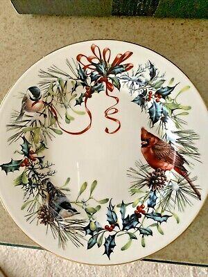 Lenox Winter Greetings Salad Plates Holiday 24k Gold Rim China Cardinal 1995