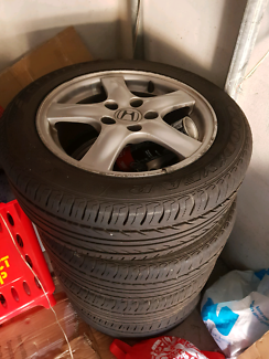 "17"" Rims with tyre"