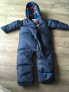 Columbia snowsuit London Ontario image 1
