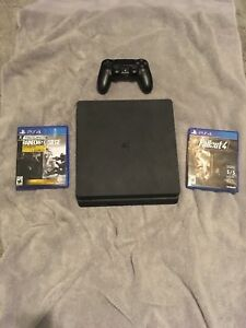 ps4 slim 1T and games