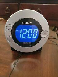 SONY DREAM MACHINE Icf-C7ip Radio Alarm Clock Mp3 Ipod Iphone Dock Charger