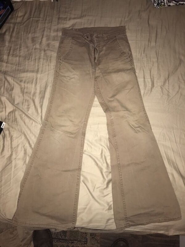 Vintage 1970s Levis 646 White Tab  Bell Bottoms Size 29x32