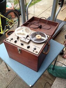 Amazing vintage portable reel to reel player!! Underdale West Torrens Area Preview