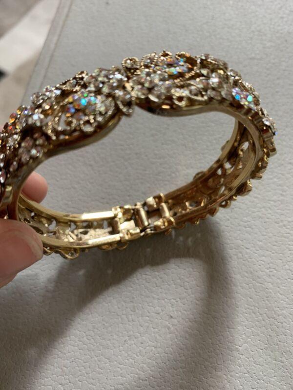 Vintage Etruscan Style Crystal & AB Rhinestone Jeweled Hinged Bangle Bracelet