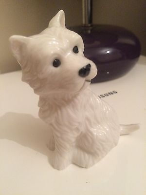 """Westie Porcelain White Terrier Dog Figurine """"Who Me"""" From Westminster Collection"""