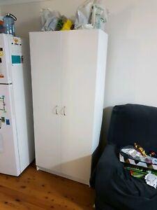 Pantry - 2 door - 79 x 40 x 180 cm - Slight chip off damage