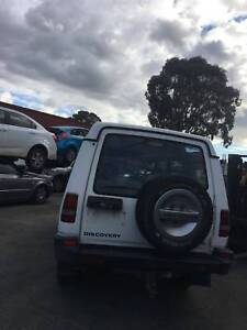 WREAKING 1994 land rover discovery white COLOUR ALL PARTS Dandenong South Greater Dandenong Preview