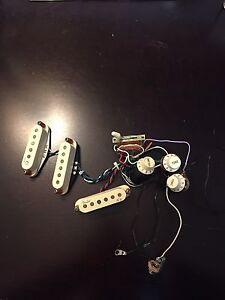Fender Noiseless N3 pickups installation included!