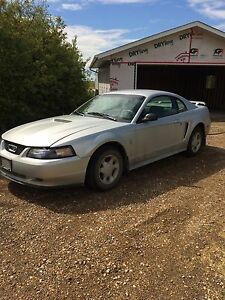 Looking for 99-04 mustang GT parts car