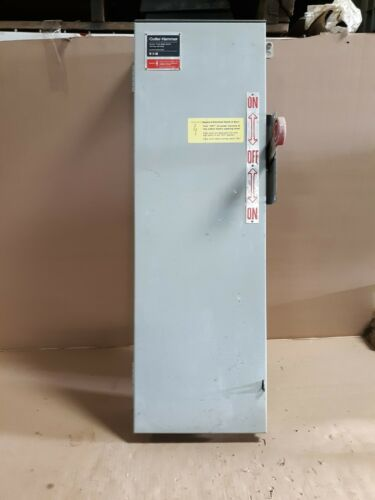 Cutler Hammer DT323FRK 100A 250V Double Throw 3-Pole Fused Type 3R S21a