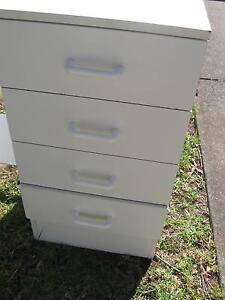 Desk -4 drawers Nowra Nowra-Bomaderry Preview
