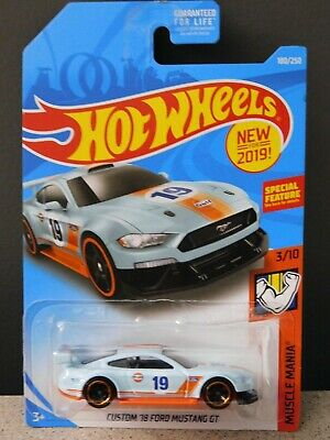 2019 Hot Wheels #180 Muscle Mania 3/10 CUSTOM 18 FORD MUSTANG GT Gulf Light Blue
