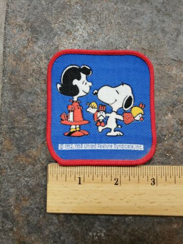 PEANUTS LUCY AND SNOOPY EMBROIDERED PATCH