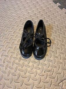 Dance shoe - Kids size 8 1/2 Tap shoes from Payless
