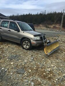 2003 4x4 Suzuki Vitara and plow