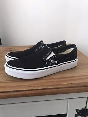 Vans Womans Black And White Classic Slip Trainers/Pumps Size 5.5