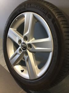 """TOYOTA AURION MY15 ZR6 17"""" GENUINE ALLOY WHEELS AND TYRES Carramar Fairfield Area Preview"""