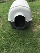 Dog kennel (for small dog) Ipswich Ipswich City Preview