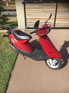 Suzuki Scooter 50cc single seat Mount Crosby Brisbane North West Preview