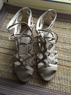 Strappy women's size 7 shoes Yeronga Brisbane South West Preview