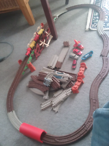 Magnetic trains and track and cars vgc. Meadow Springs Mandurah Area Preview