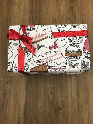 bomb cosmetics  Gift Set Brand New Wrapped